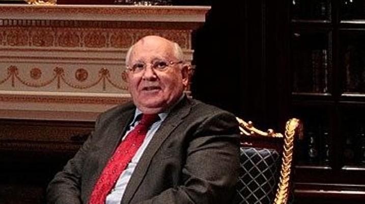 Gorbatschow warnt vor neuer Stufe der Weltkonfrontation
