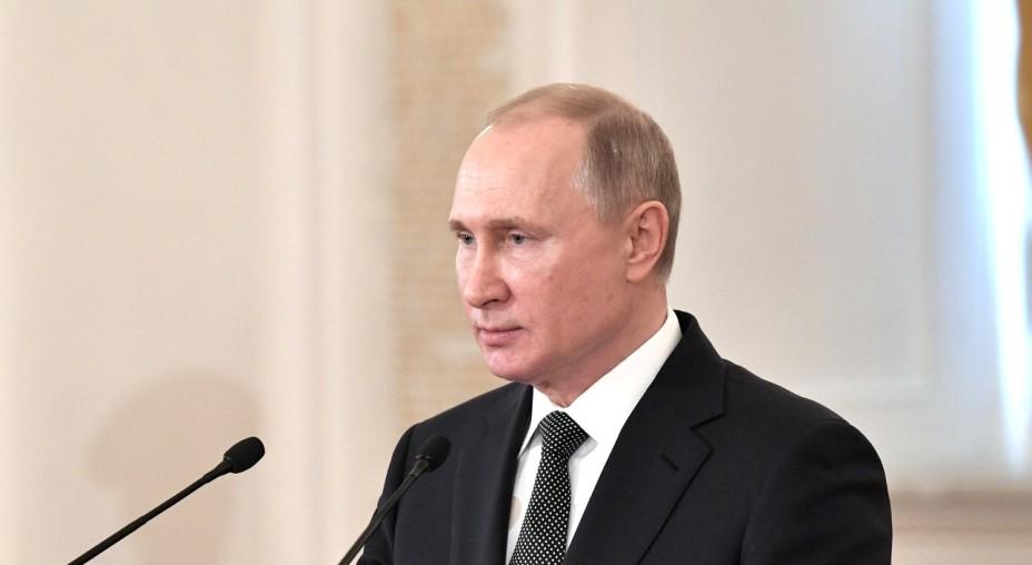 Putin gegen politische Eingriffe ins Internet
