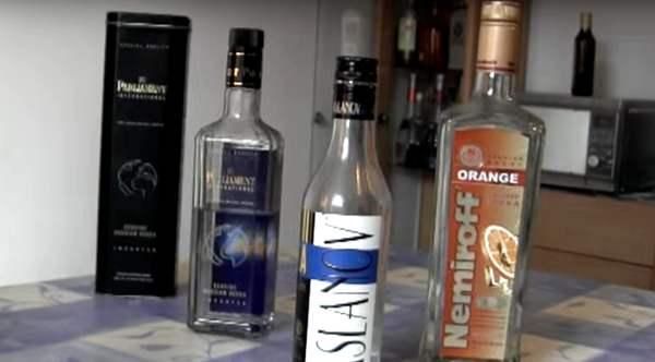 Warum eine Flasche Wodka in jedes Auto gehört