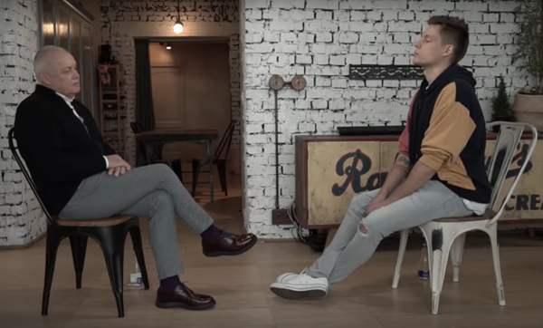 YouTube gegen Staatsfernsehen – bekannter russischer Blogger setzt Interview mit Dmitri Kisseljow in den Sand