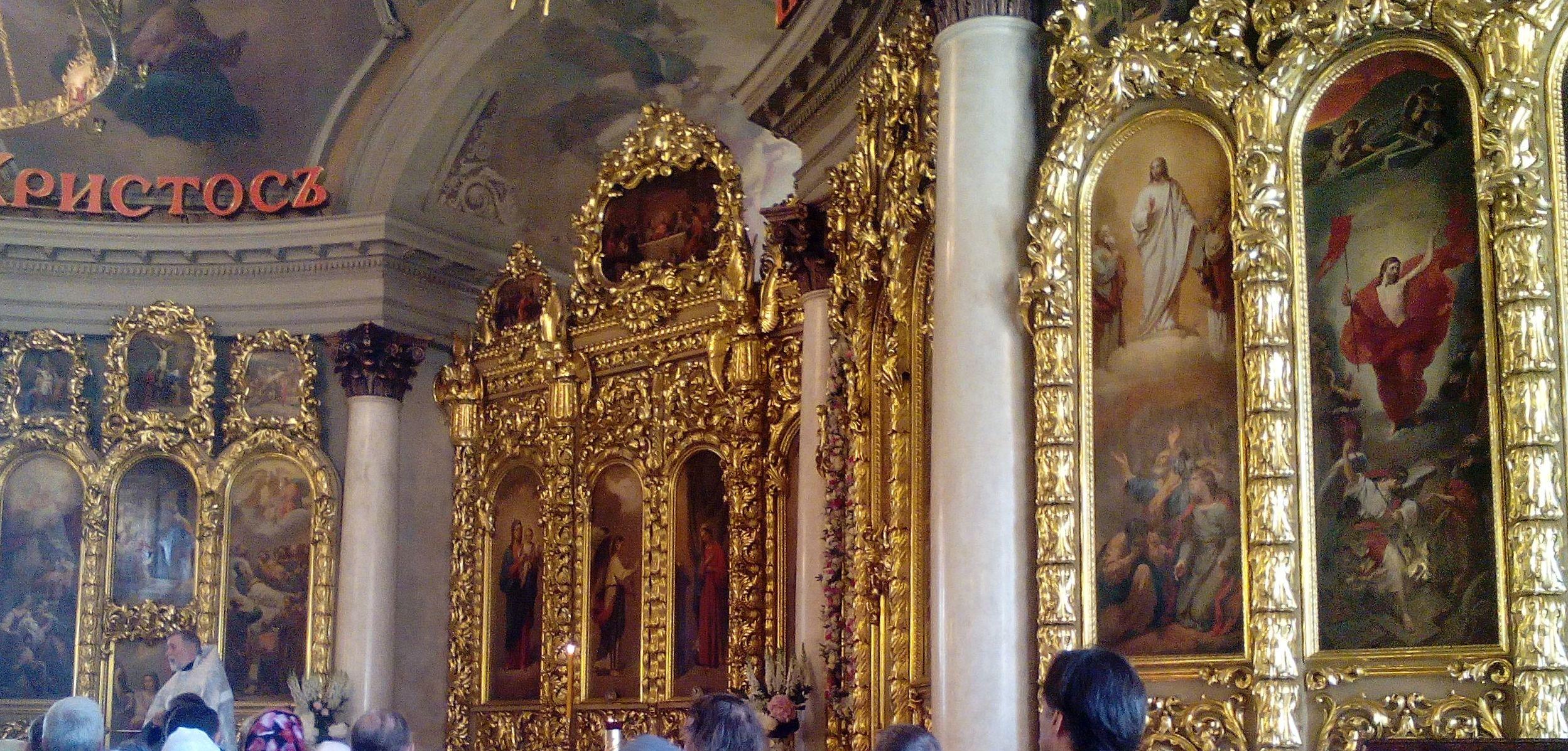 Gouverneur der Region Swerdlowsk verschiebt aufgrund einer Umfrage Kirchenbau