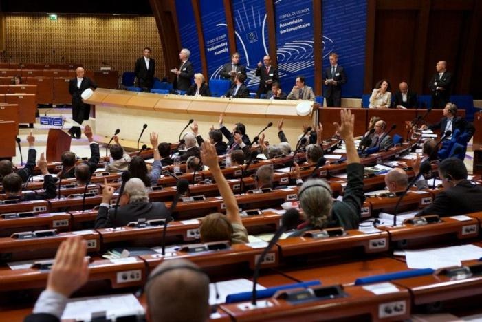 Russische Delegation in der PACE wird Schutz nationaler Minderheiten in der Ukraine anzusprechen