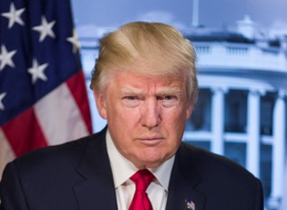 Medien: US-Banken stellen Kongress Dokumente über Trumps mögliche Beziehungen zu Russland zur Verfügung