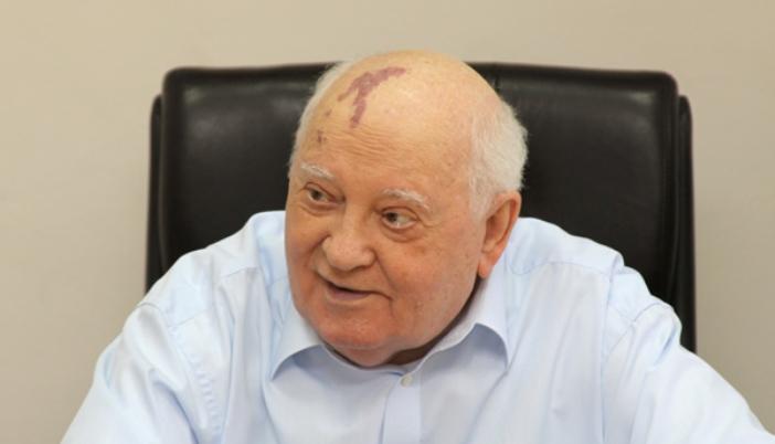 Gorbatschow hofft, INF zwischen Russland und den Vereinigten Staaten zu erhalten