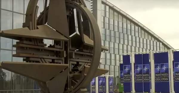 Britischer Oppositionsführer verlangt Deeskalation des Konflikts zwischen NATO und Russland