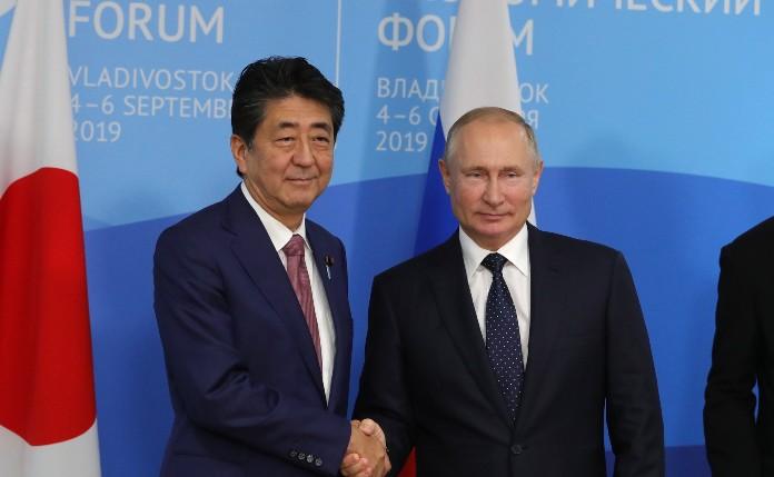 Abe: Vladimir, lassen Sie uns einen Friedensvertrag abschließen