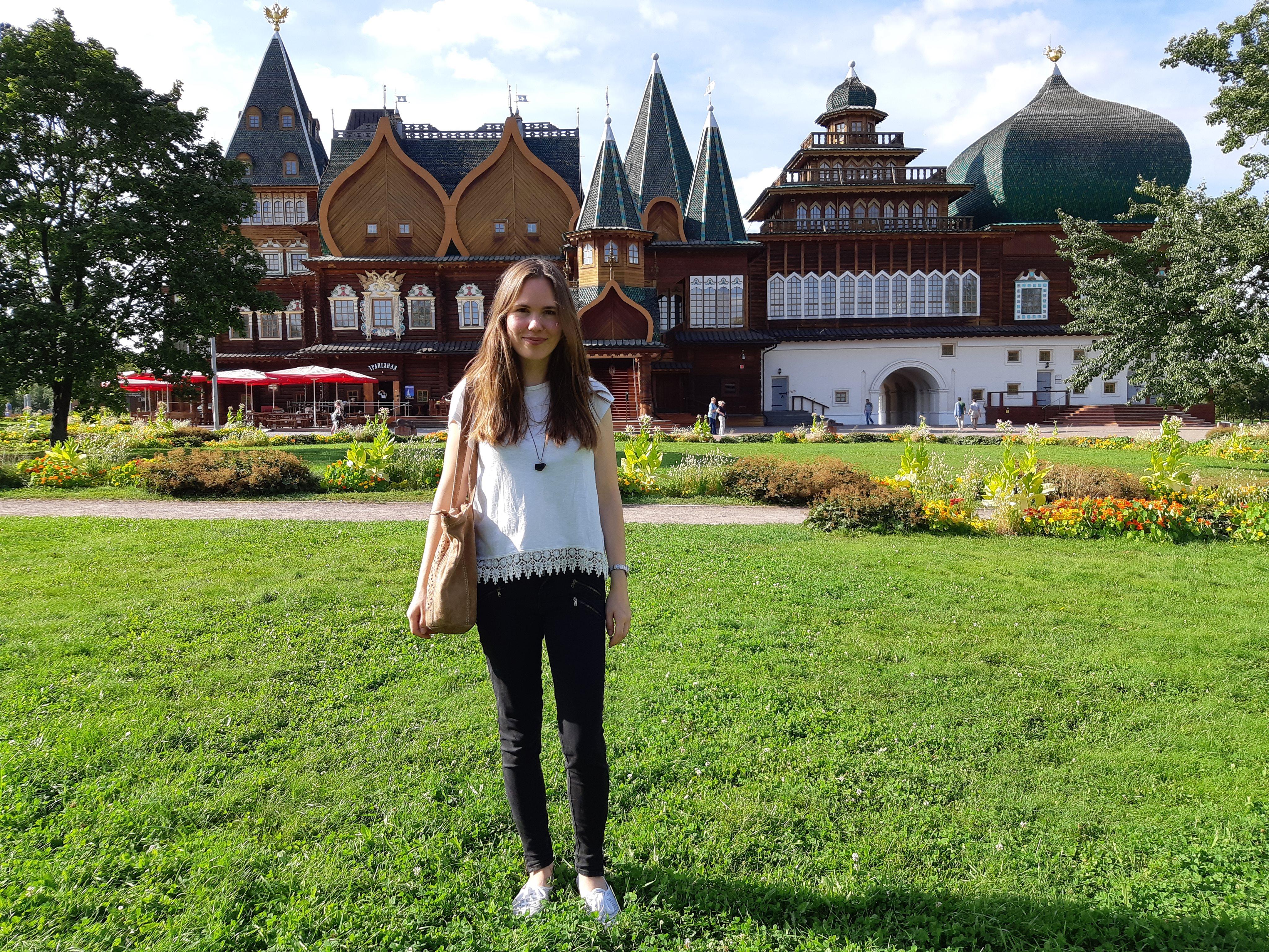 Neu bei russland.NEWS: Alina Lipp – mit 10 dummen Fragen