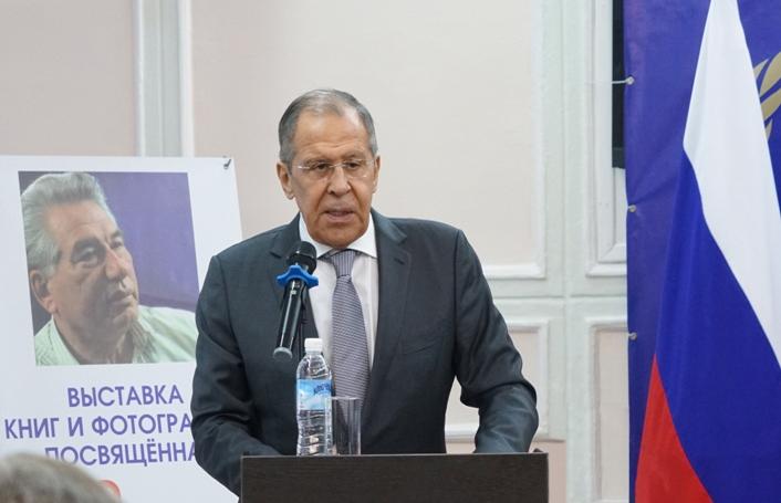 Lawrow: Russland wird innere Krise der Ukraine zu überwinden helfen