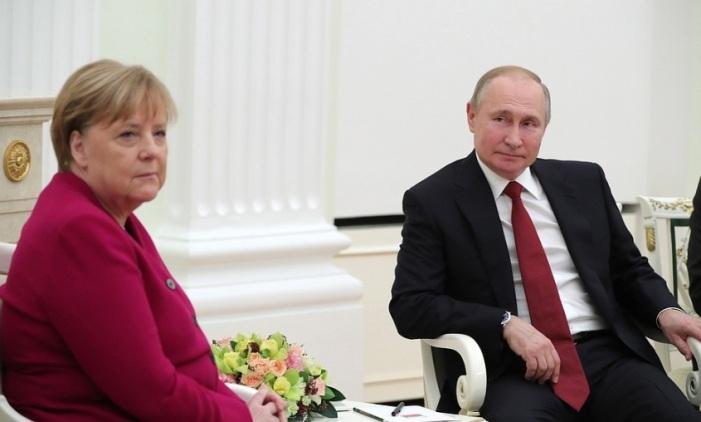 Medienreaktion auf das Treffen zwischen Putin und Merkel in Moskau – verhalten