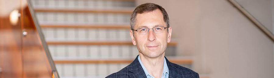 """""""Politisierung der Wissenschaft"""" – Professor Fyodor Urnov von Universität Berkeley über Genetik und Coronavirus"""