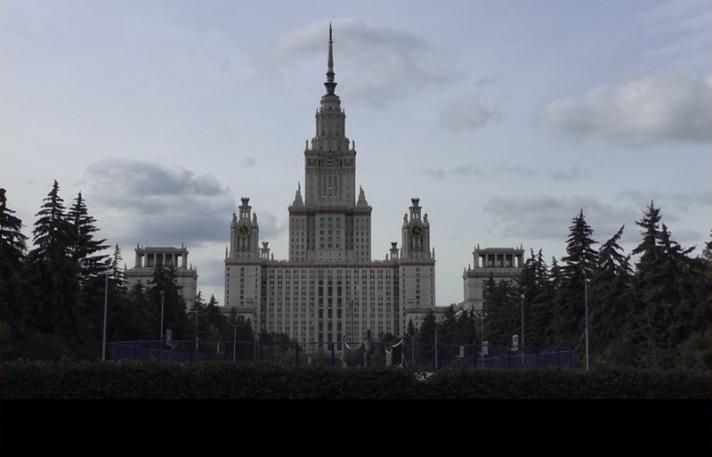 WZIOM-Umfrage: 55 Prozent der Russen halten die russische Wissenschaft für rückständig