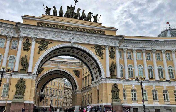 """Petersburger Dialog """"bis auf weiteres ausgesetzt"""""""