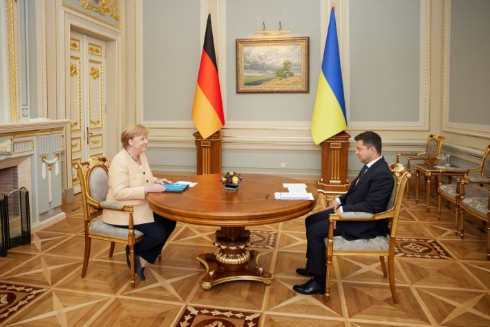 Merkel bei Selenski in Kiew